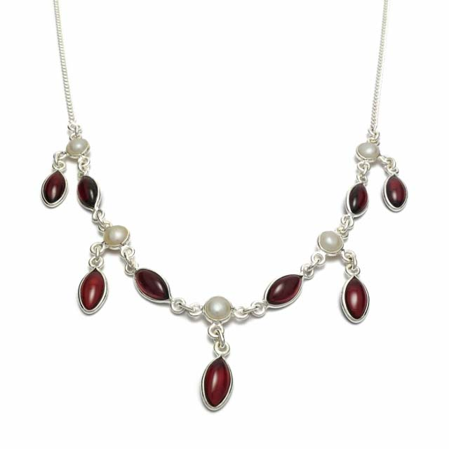 Garnet and pearl silver necklace