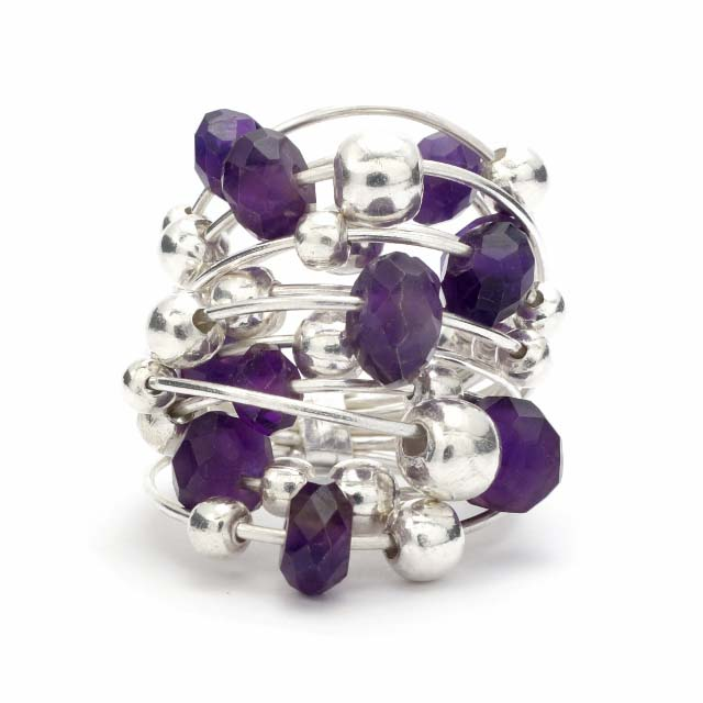 Cut amethyst silver and balls ring